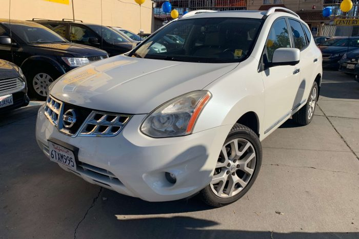 FOR SALE: 2012 NISSAN ROGUE SV, 101K MILES